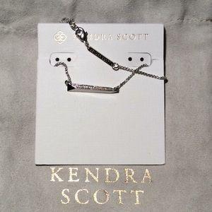 NWT! Kendra Scott Elliot Necklace